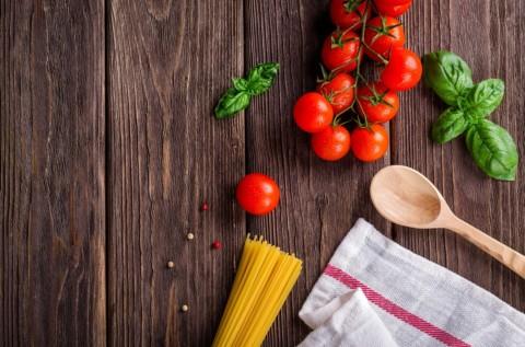 È finita l'era dei pasti preparati in casa?